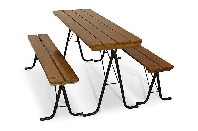Picknicktafel voor buiten. Inklapbaar met banken